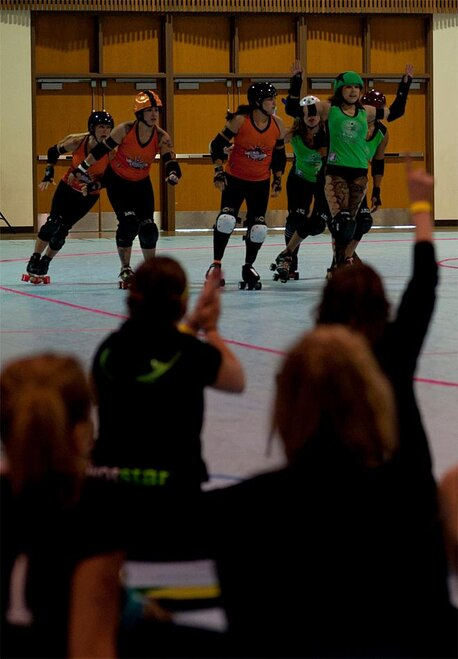 The Big O - Emerald City Roller Girls vs Sin City Roller Girls 09 - Photo by Tristan Fortsch _ KVAL News