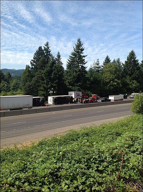Crash on I-5