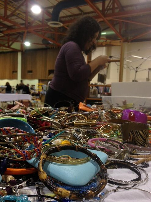 "Eugene boasts ""The World's Biggest garage Sale"""