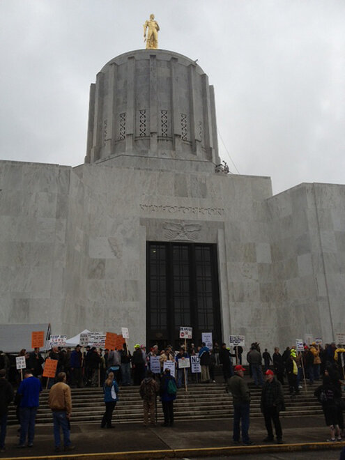 Miners protest at the Oregon Capitol (7)