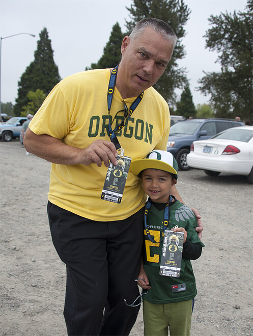Tailgating as Oregon hosts Tennessee - 14 - Photo by Tristan Fortsch