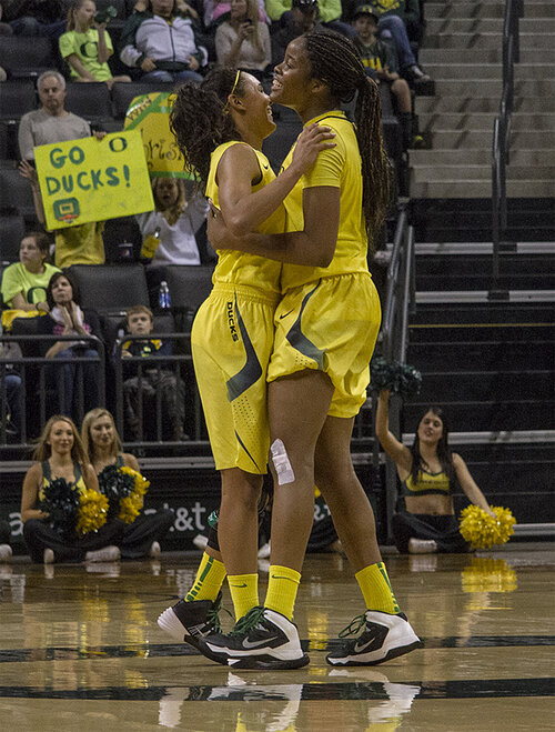 Ducks women beat Washington Huskies 101-85 _ 09
