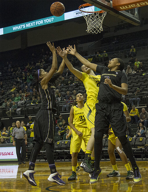 Ducks women beat Washington Huskies 101-85 _ 12