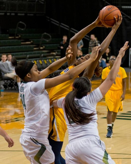 UO women against Cal (14)