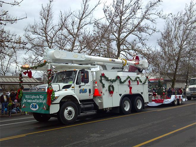 60th annual Holiday Parade (Photo by Gary Sherman for KVAL News) 5