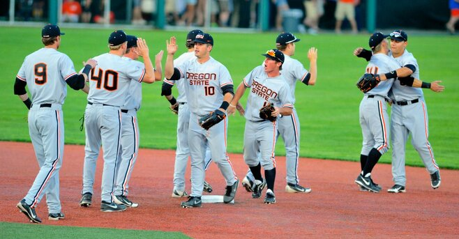 Beavers grab lead in 9th, make Regional Championship