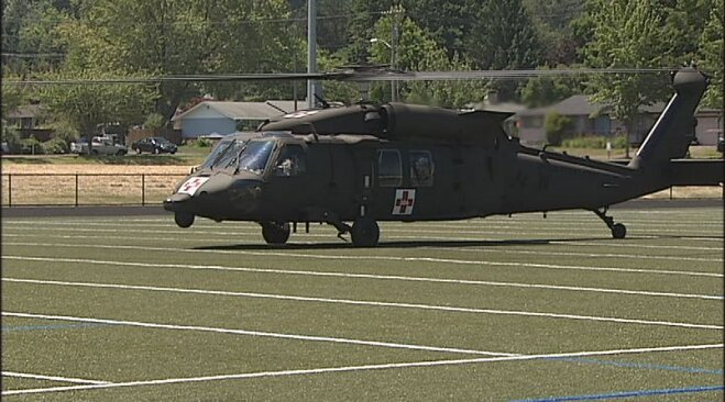 Blackhawk helicopter crew visits youth camp in Eugene (8)