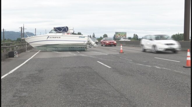 Boat crash ties up Beltline June 26 2013 (3)