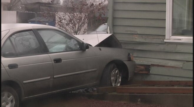 Car crashes into building December 2 (2)