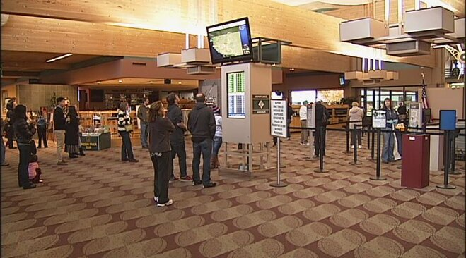 Thanksgiving travel at the Eugene Airport
