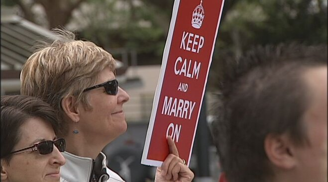 Gathering celebrates court ruling that supports marriage equality (4)