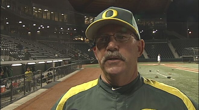 Video: Diamond Ducks claim series win over UW