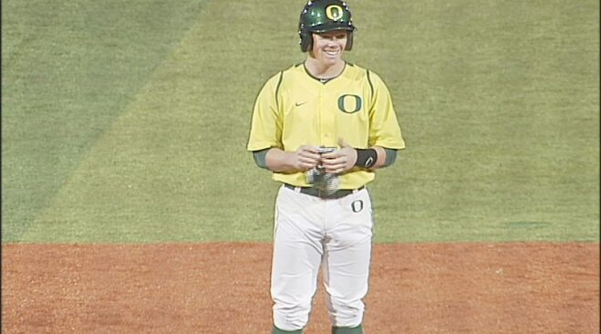 Oregon's Tolman named national hitter of the week