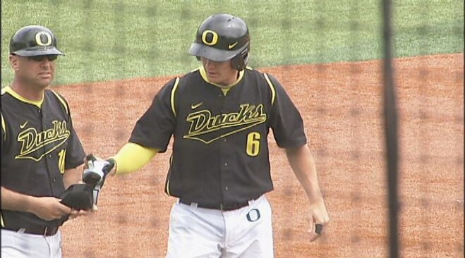 Heineman's 3-run triple leads Ducks past Bruins