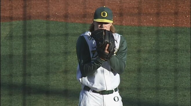 Thorpe's three-hit shutout gives Ducks series win over UW