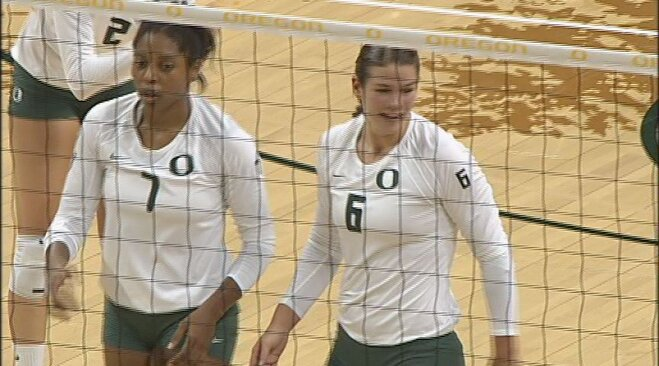 No. 5 Oregon beats No. 2 Washington 3-1