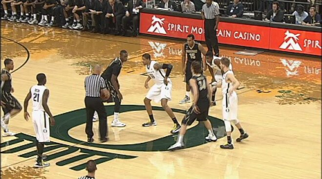 E.J. Singler, Oregon roll past Vanderbilt 74-48