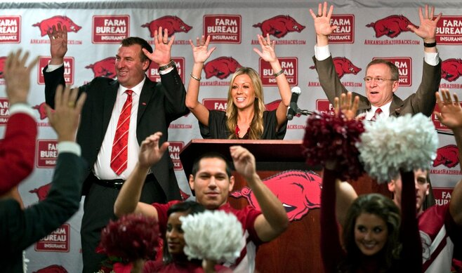 Bielema excited for challenge of SEC at Arkansas