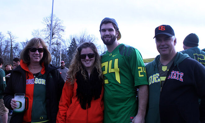 Oregon Civil War tailgate at Autzen 2013 (10)