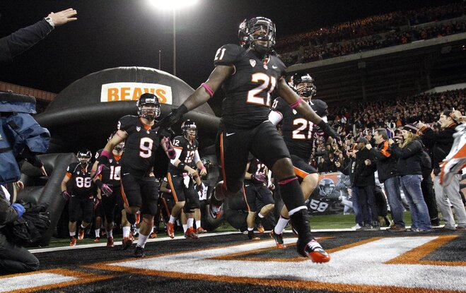 No. 8 Oregon State defeats Utah, best start since 1907