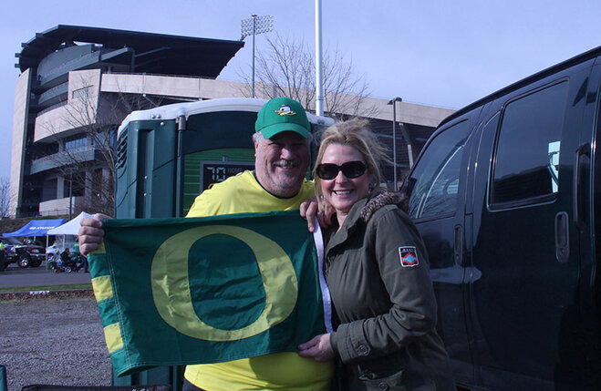 Oregon Civil War tailgate at Autzen 2013 (3)