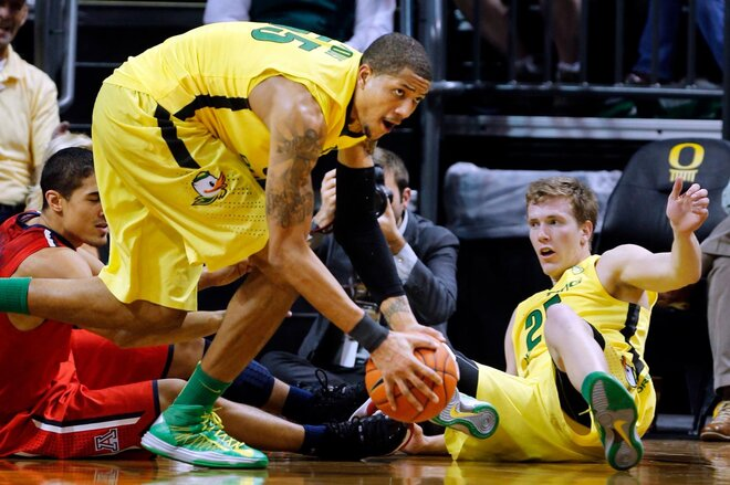 Ducks upset No. 4 Wildcats, 'Zona's 1st defeat
