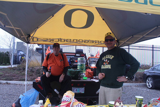 Oregon Civil War tailgate at Autzen 2013 (7)