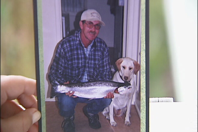 'He tried really hard to save Tom': Man dies after boat capsizes