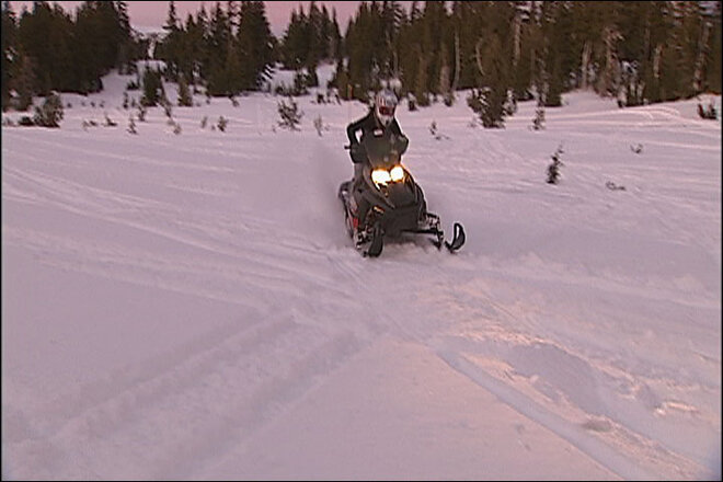 Snowmobiling in Central Oregon (3)
