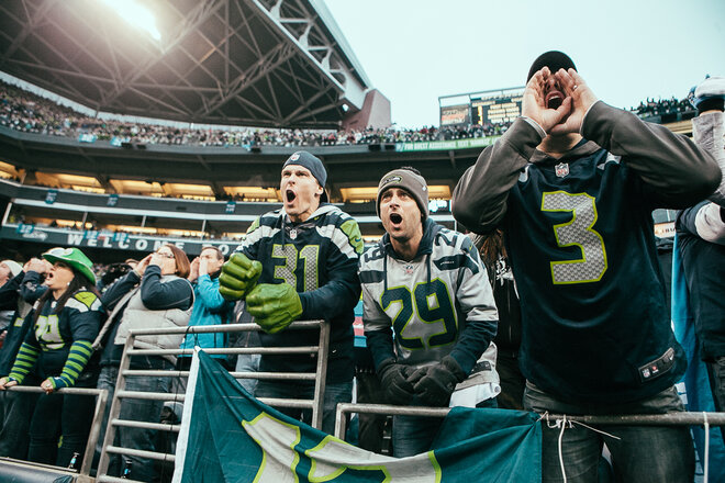 The 12th Man gets loud in win over the 49ers