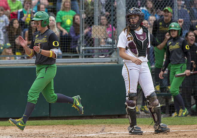 Ducks defeat Sun Devils 12-2 in second game of three game series