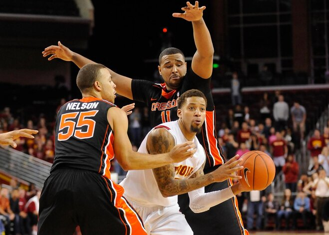 Pac-12 Road Report: Beavs fail to execute down the stretch at USC
