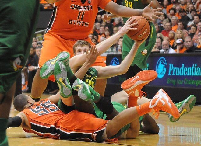 Ducks ride Dotson to Civil War victory
