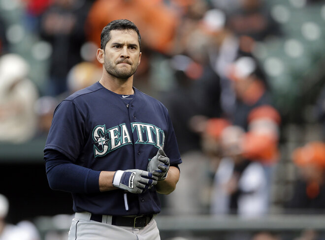 Mariners fail in clutch situations, fall to Orioles 5-4