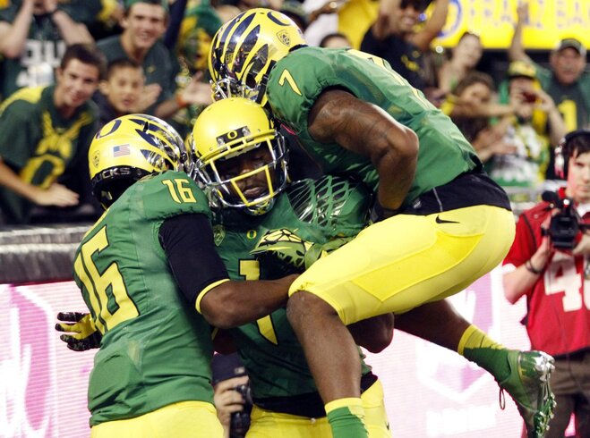 Video: Ducks hang 50 on Red Wolves in 1st half