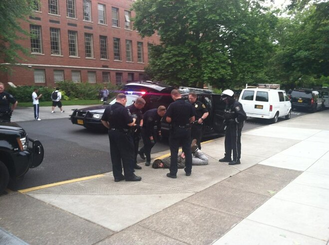 Man taken into custody on UO campus