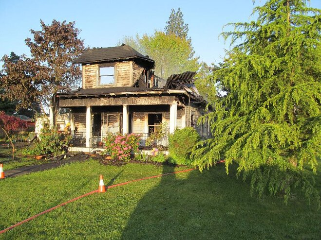Fire destroys historic Scio home