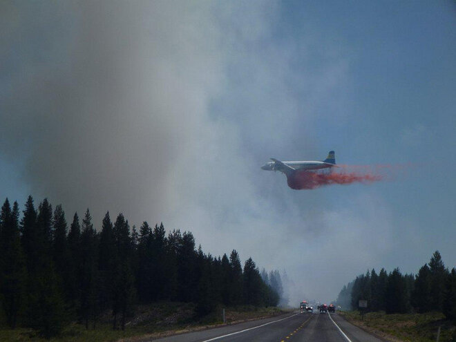 Slurry bomber on Military Fire on July 17 along Hwy 97