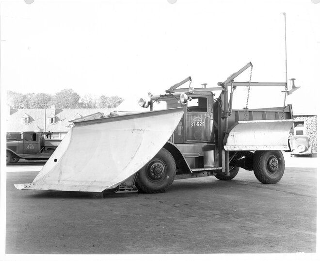 1937 Oshkosh with two wings