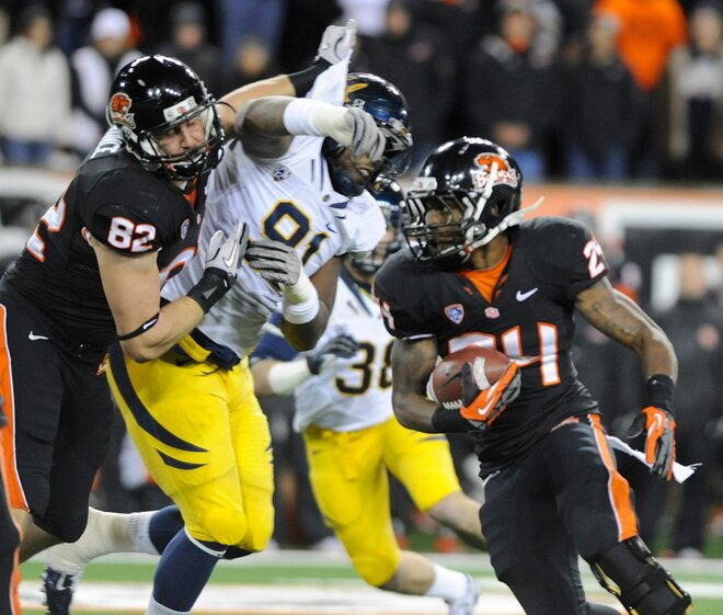 Mannion powers Oregon State past California, 62-14