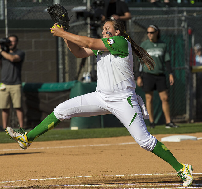 Ducks beat Utah Valley 12-1 (12)