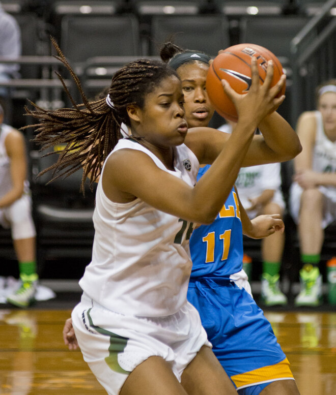 Oregon beats UCLA, 67-65: 'We always fight to the end'