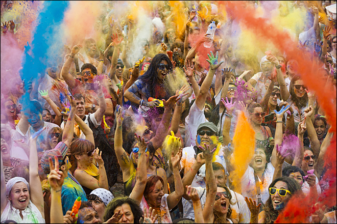 Madrid explodes in color during Holi festival