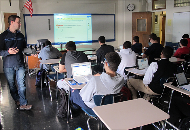 NY school all-in on trend of all-digital textbooks