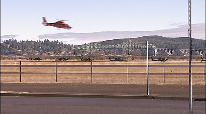 Apache helicopters at airport in North Bend (1)