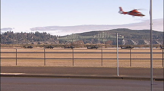 Apache helicopters at airport in North Bend (2)