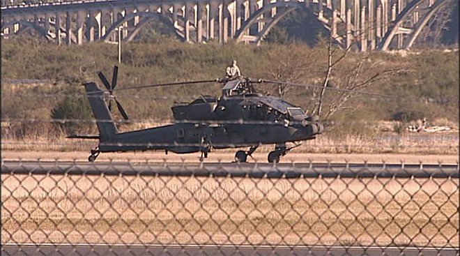 Apache helicopters at airport in North Bend (6)