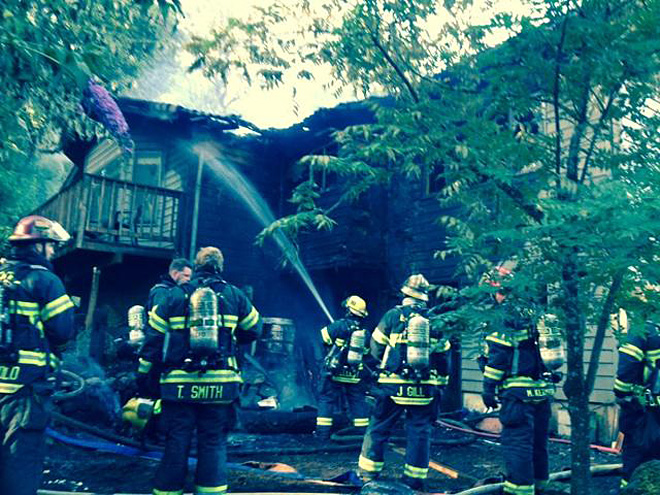 Fire spreads to South Eugene home's attic