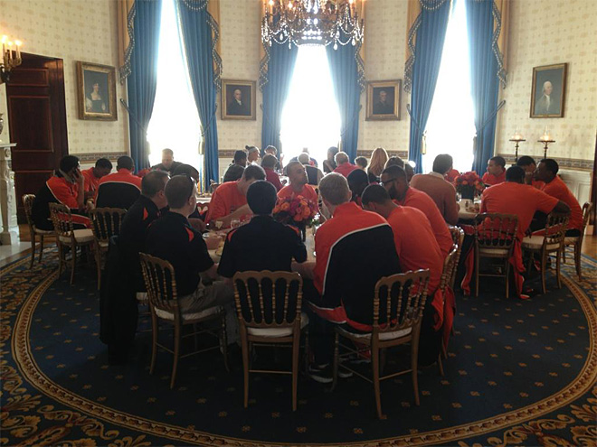 Beavers go to the White House for Thanksgiving dinner 3 (Courtesy- OSU Media Services)