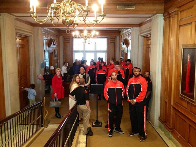 Beavers go to the White House for Thanksgiving dinner 4 (Courtesy- OSU Media Services)